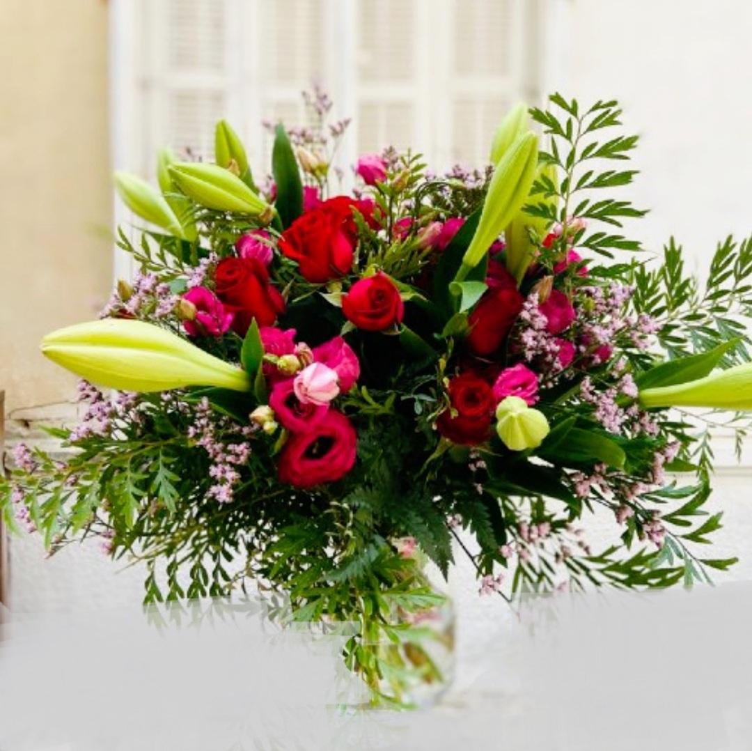 זר פרחים משולב